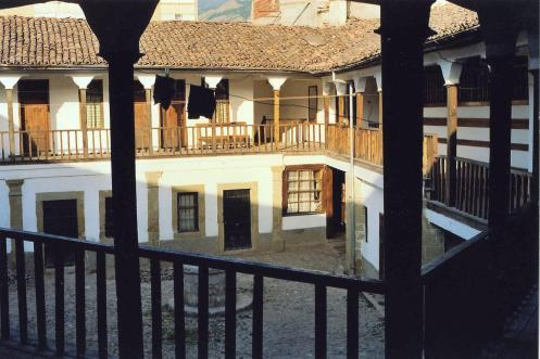 Korce_Hotel in Karawanserei Copyright Ekkehart Schmidt-Fink