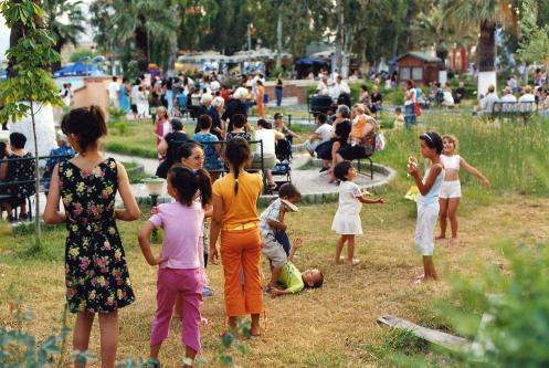 Vlora: Kinderpark Vlora (c) Ekkehart Schmidt