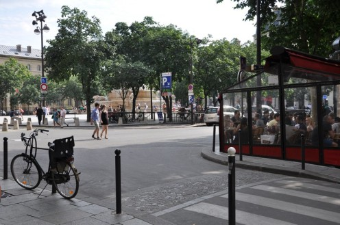 Versuch, einen Platz in Paris zu erfassen © Ekkehart Schmidt