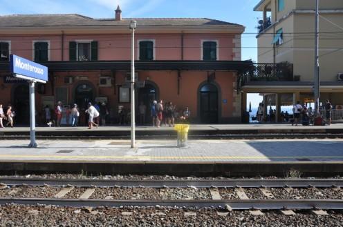 Bar Stazione_Monterosso © Ekkehart Schmidt