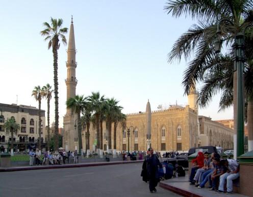 Hussein_Wikimedia_800