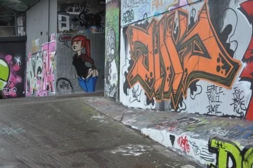 Graffiti am Staden in Saarbrücken_Hnngh © Ekkehart Schmidt