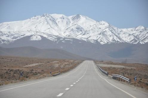 iranian mountains © Ekkehart Schmidt