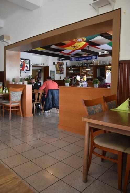 Café Bei der Gemeng_Rambrouch © Ekkehart Schmidt