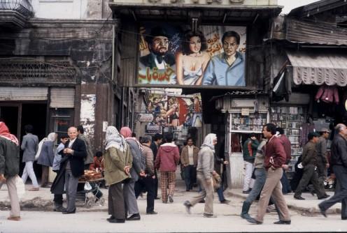 Holzhäuser und Kinoplakate_Aleppo 1988 © Ekkehart Schmidt