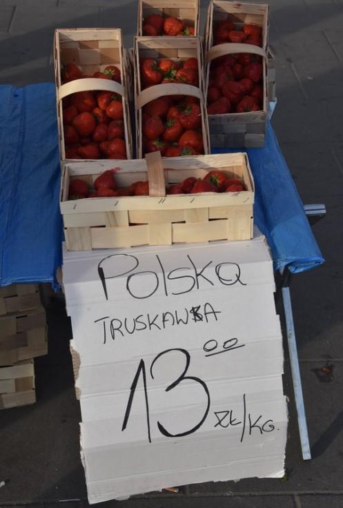 Erdbeerzeit in Warschau (c) Ekkehart Schmidt