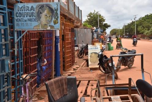 Friseurschilder in Ouagadougou ⓒ Ekkehart Schmidt