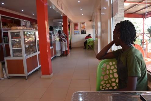 Café Pyramide_Ouagadougou ⓒ Ekkehart SchmidtCafé Pyramide_Ouagadougou ⓒ Ekkehart Schmidt