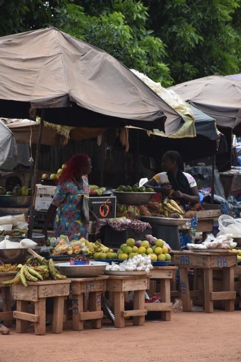 Am Bahnhof von Ouagadougou ⓒ Ekkehart Schmidt