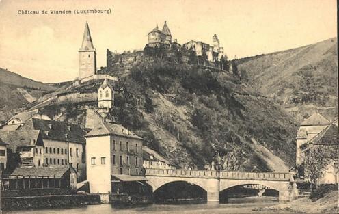 AK-Vianden_A_800-Le-Chateau-Das-Schloss