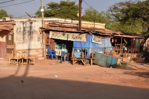 Kiosque Restau_Bobo Dioulassou © Ekkehart Schmidt