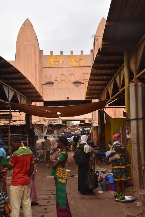 Grand Marché_Bobo Dioulasso © Ekkehart Schmidt