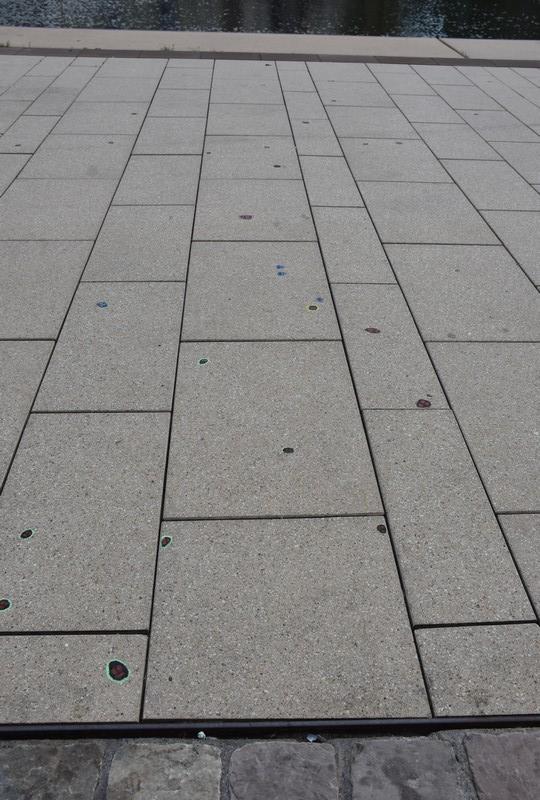 Saarbrücker Kaugummigesichter © Ekkehart Schmidt