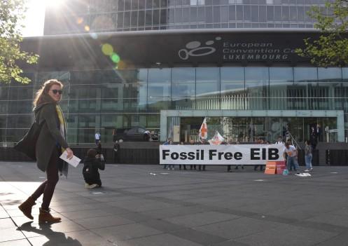 Disrupt Fossil Fuels_ECOFIN Luxemburg © Ekkehart Schmidt